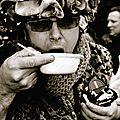 Les givrés boivent la tasse en noir et blanc...