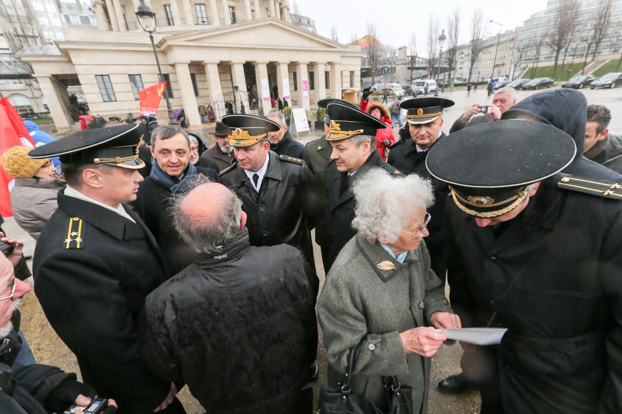 Il y a 70 ans, la bataille de Stalingrad : commémoration à Paris. © Michel Stoupak. Sam 02.02.2013, 15:39.