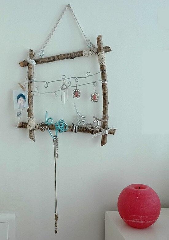 Tissu et branches d 39 arbre pour le porte bijoux cfolichon - Arbre a bijoux mural ...