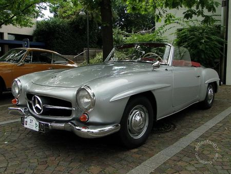 Mercedes Benz 190 sl roadster 1954 1963 Internationales Oldtimertreffen de Gundelfingen 2011 1