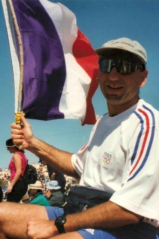 2000 Sydney Tribu Supporters - Eric et le drapeau