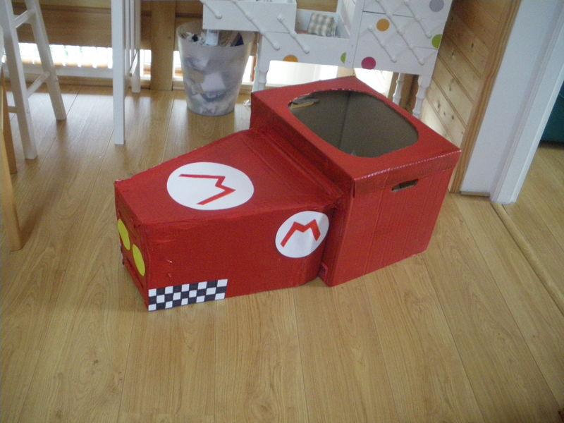 Faire une voiture en carton pour aller avec son d guisement de super mario st phanie bricole - Fabriquer une voiture en carton ...