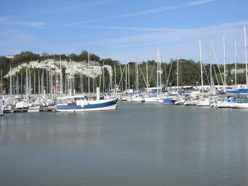 bassin à flot port de Mortagne sur Gironde