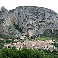 Moustiers-Sainte-Marie, panorama genets 6(04)