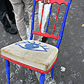12-L'art est public (chaise oeil)_3049