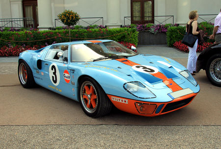 Ford_GT_40_de_1964__34_me_Internationales_Oldtimer_meeting_de_Baden_Baden__01