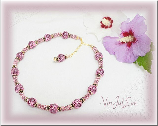 collier Iva rose2
