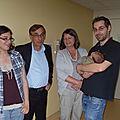 Avec Papi et Mamie, Tata Clémence et papa