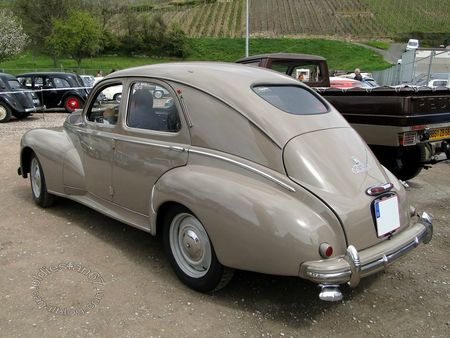 peugeot 203 berline luxe, 1950, bourse de soultzmatt 2012 4