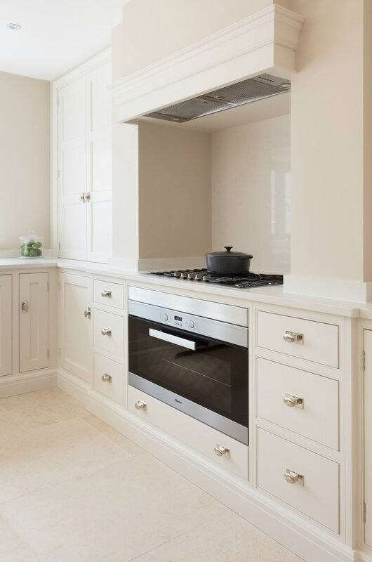 Bespoke-Family-Kitchen-Gerrards-Cross-Humphrey-Munson-11