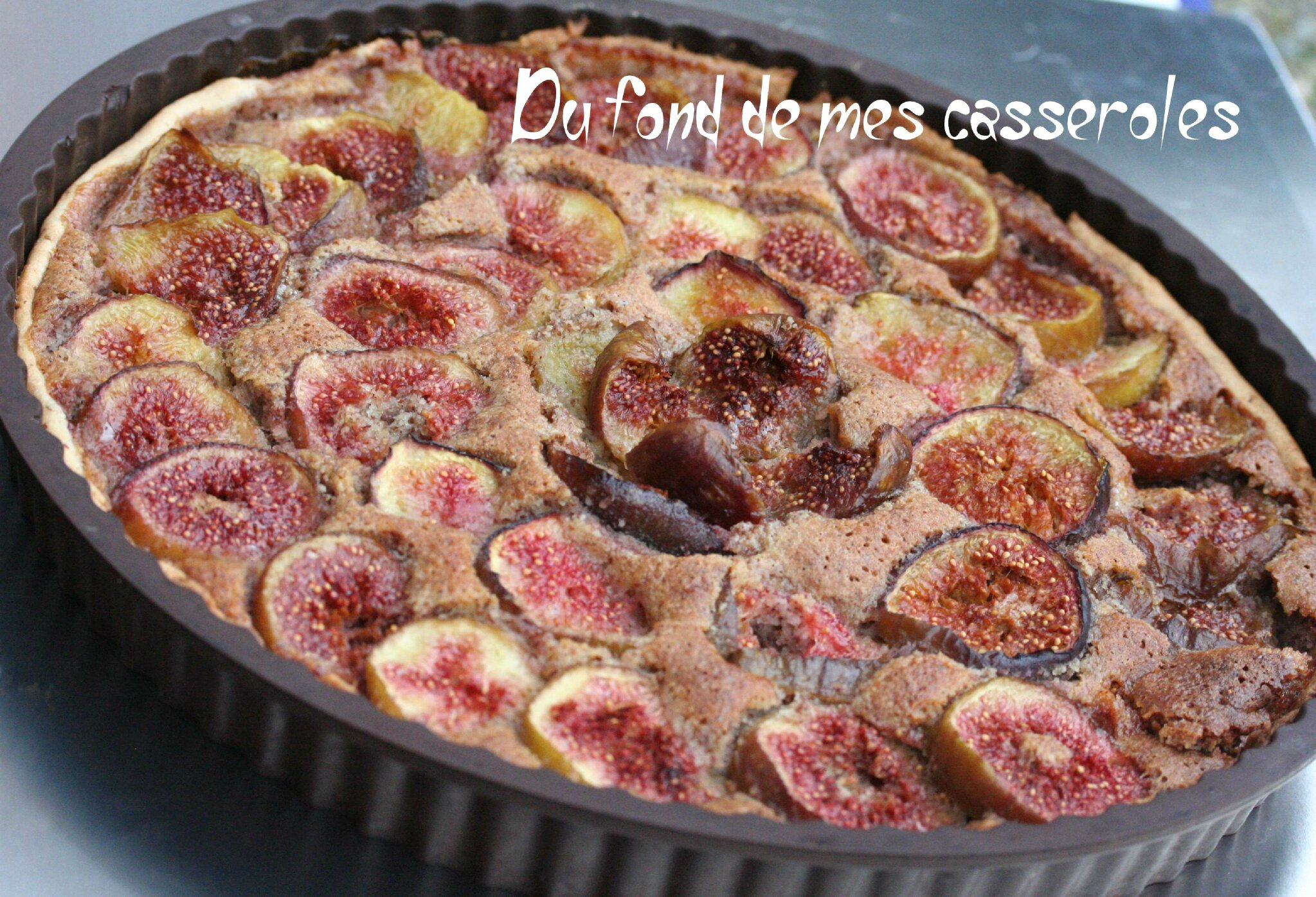 tarte aux figues amandes et eau de fleur d 39 oranger du fond de mes casseroles. Black Bedroom Furniture Sets. Home Design Ideas