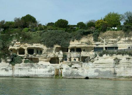 Les grottes de Matata et Regulus … histoire et légende