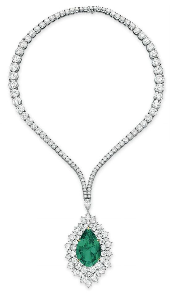 26854093 additionally Oval Engagement Rings in addition Love Knot Pendant Nekclace Sterling Silver 57053 together with Kat Florence And Sarah Jessica Parker Team Up For Jewelry Auction To Benefit Nepal likewise Marquise Engagement Rings. on 10 carat diamond ring