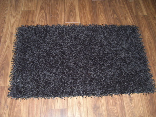 tapis alinea yeti 70x120 20 photo de photos objets appart les bonnes affaires. Black Bedroom Furniture Sets. Home Design Ideas