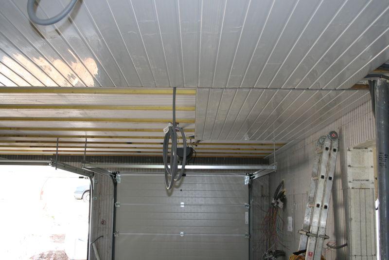 lambris dans le garage photo de 10 int rieur divers maisonbuding. Black Bedroom Furniture Sets. Home Design Ideas