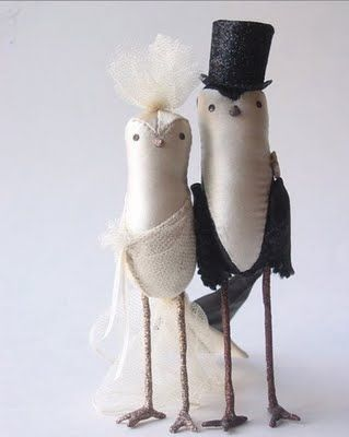 ann_wood_single_birdies_wedding_cake_topper