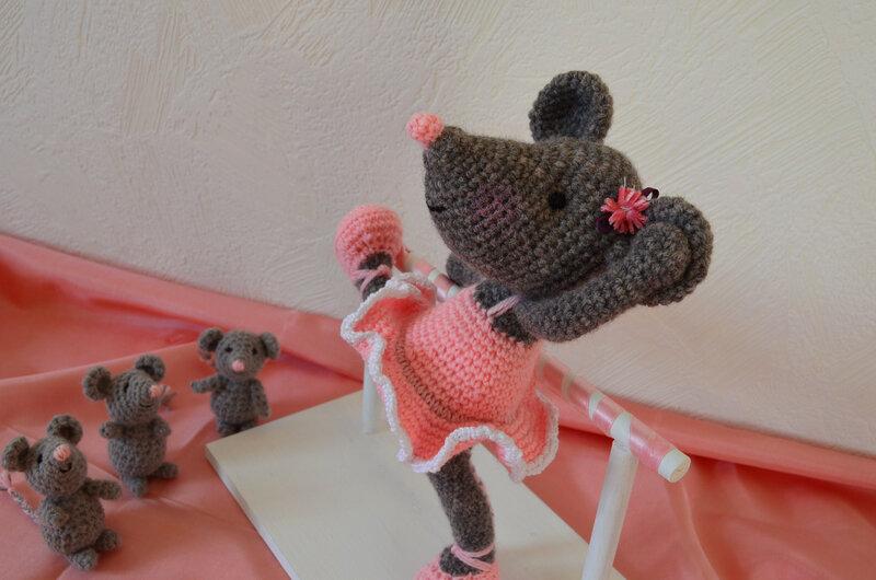 Souris ballerine, crochet, amigurumi, laine (4)