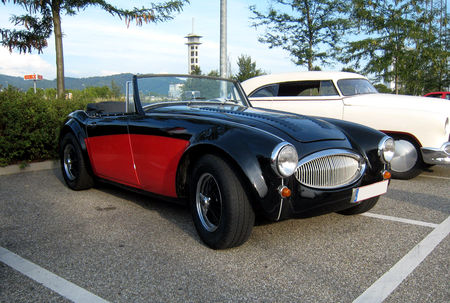 Austin_healey_convertible__Rencard_du_Burger_King__01
