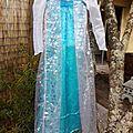 Enfin... la reine des neiges de la maison à sa robe!!!