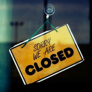 sorry_we_are_closed_b