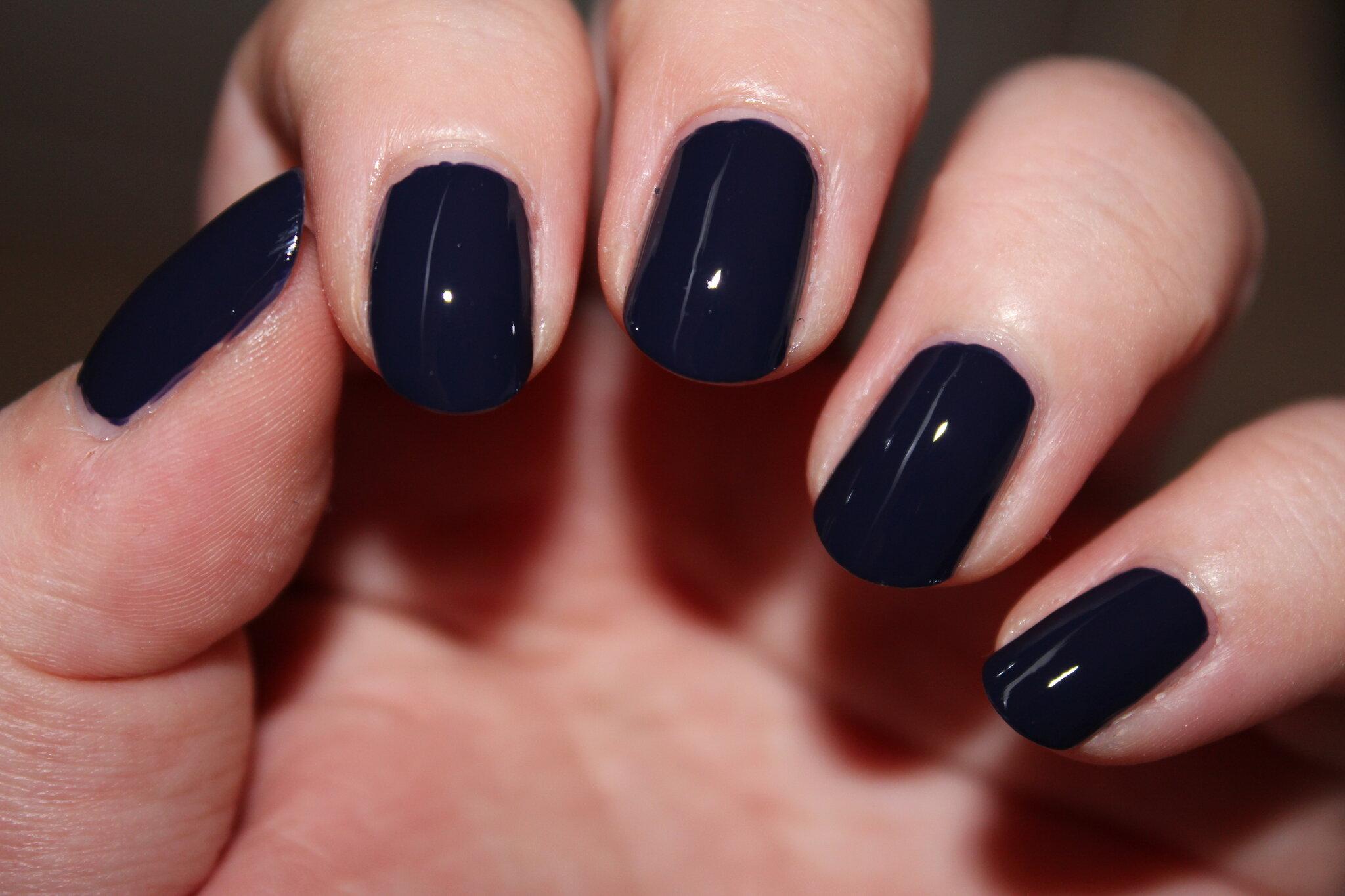 Review road house blues d 39 opi le plus beau vernis bleu marine du monde les chroniques make - Ongle bleu marine ...