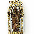 A renaissance gold, diamond, enamel and wood, reliquary pendant