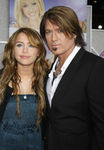 Hannah_Montana_Movie_Premiere_Hollywood_sj9Fd_KUembl