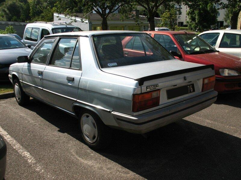 Renault9Automaticar1