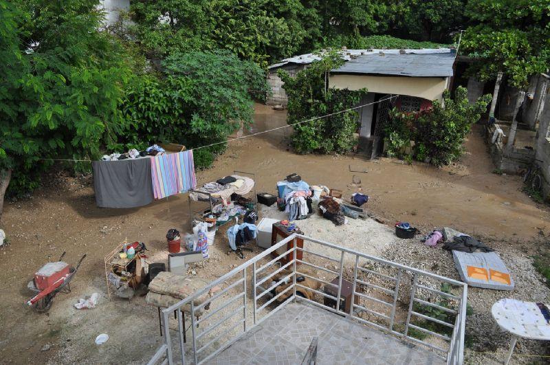 Retour aux cayes un jour en ha ti for Interieur chic haiti