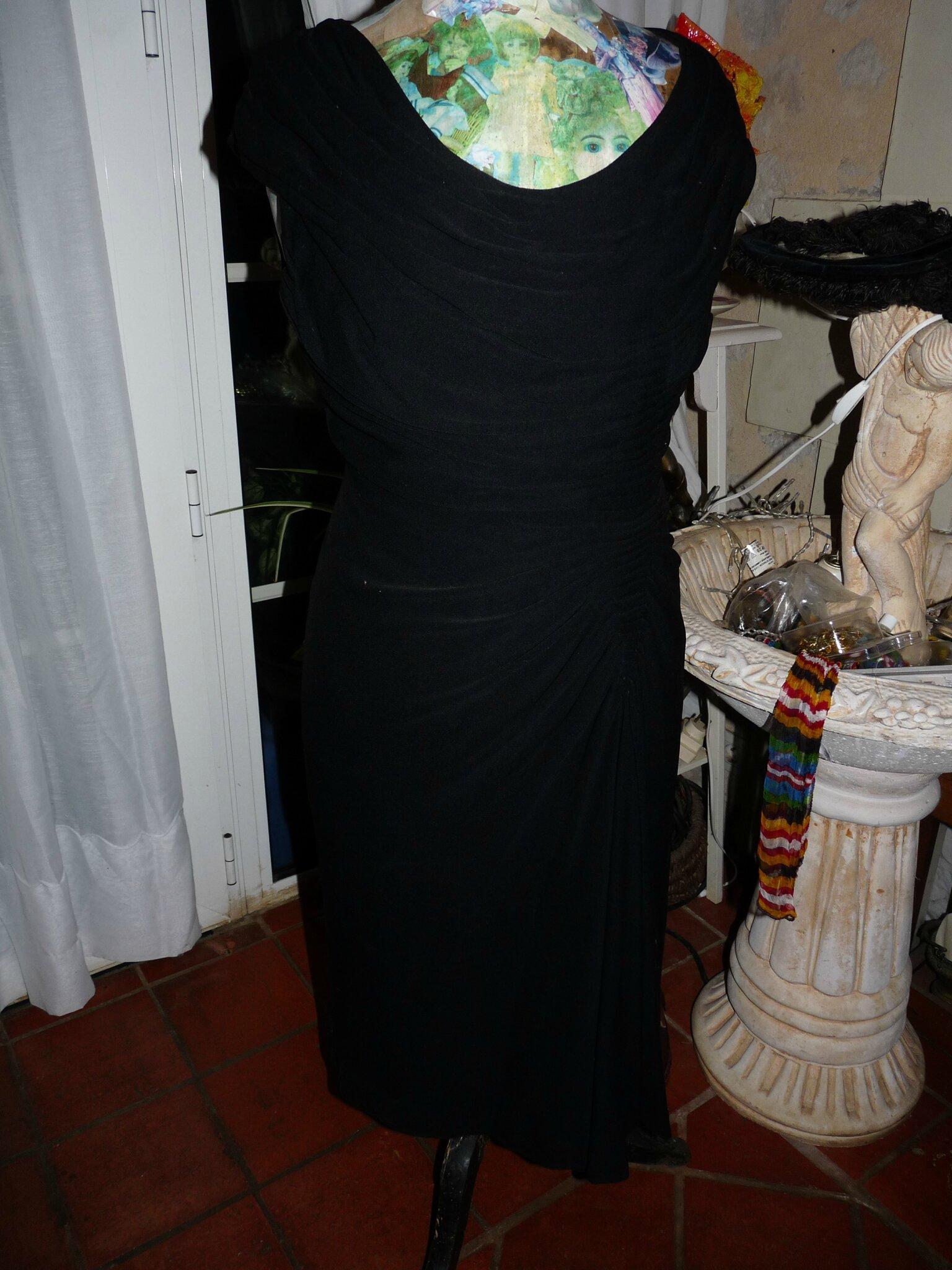 Une chic petite robe noire de choc
