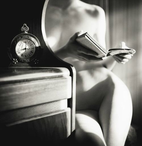 Reading out of time