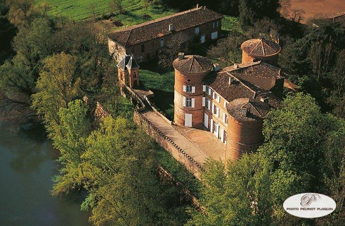 Le château de Reyniès