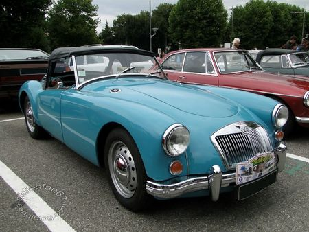 Mga 1600 roadster 1959 1961 Tako Folies de Cernay 2011 1