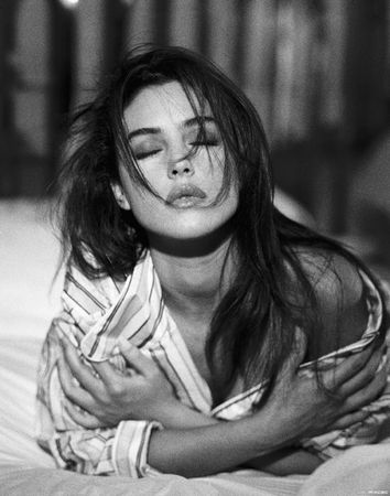 Monica_Bellucci_Images_530x674