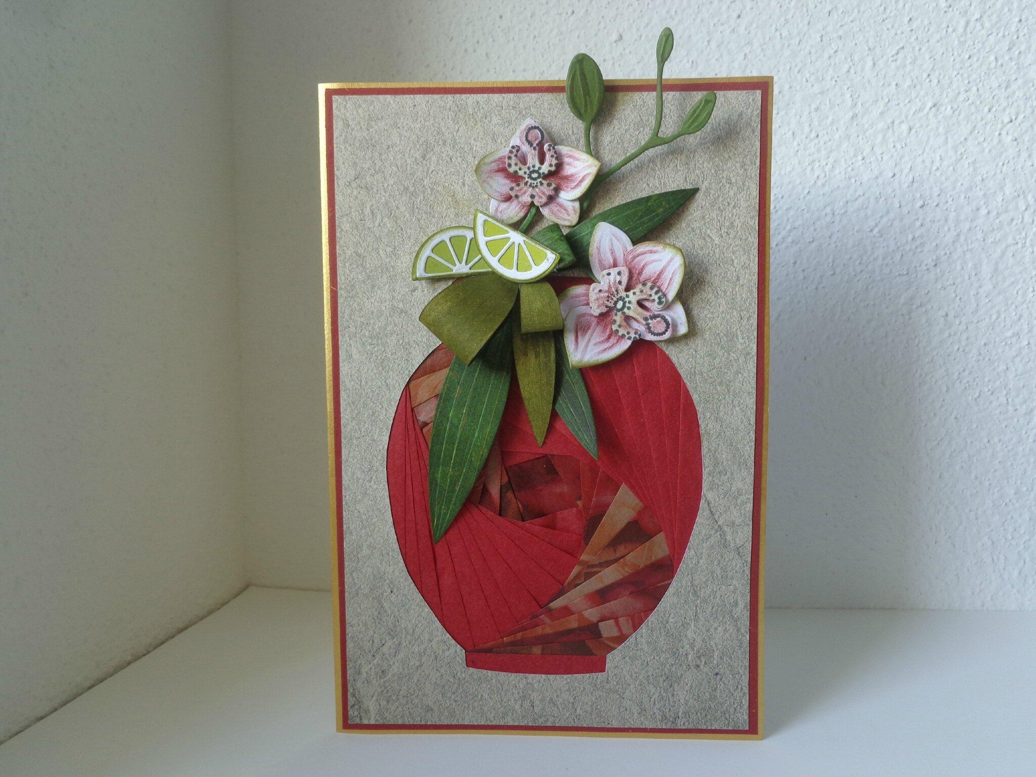 Vase et orchidées