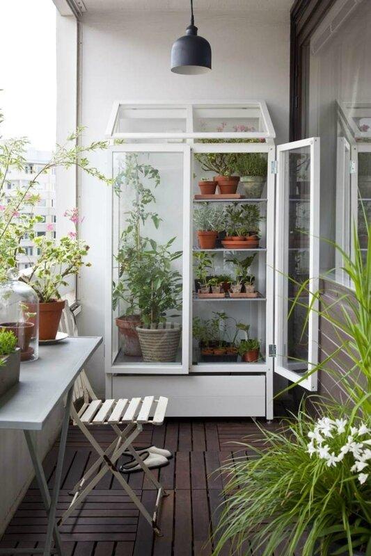 deco-balcon-plantes-fleurs-herbes-décoratives
