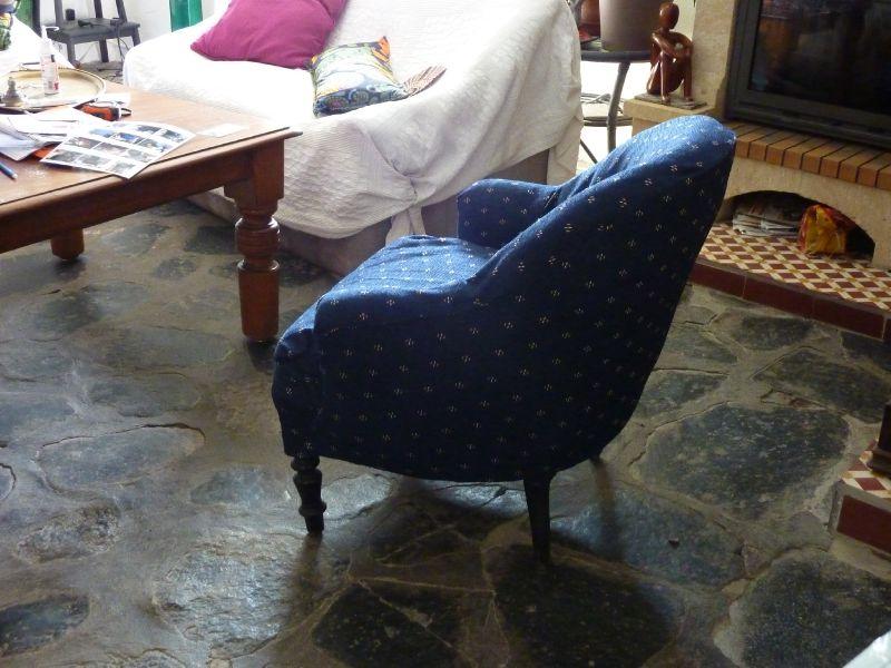 fauteuil crapaud tr s difficile recouvrir photo de mes cr ations le blog de josse de tout. Black Bedroom Furniture Sets. Home Design Ideas
