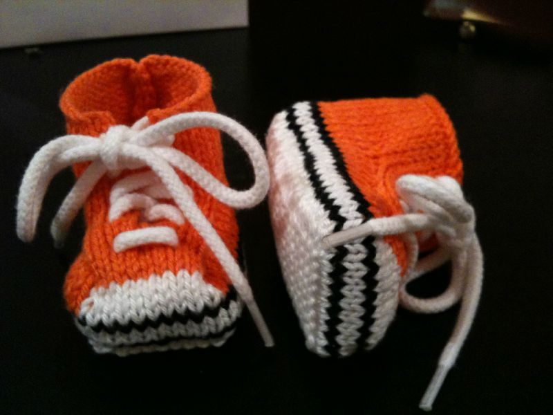 013105c6ed81a bébé tricot converse - Akileos