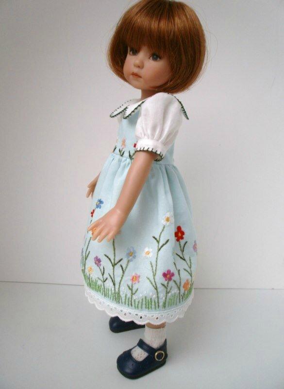 robe brodée 021 [800x600]