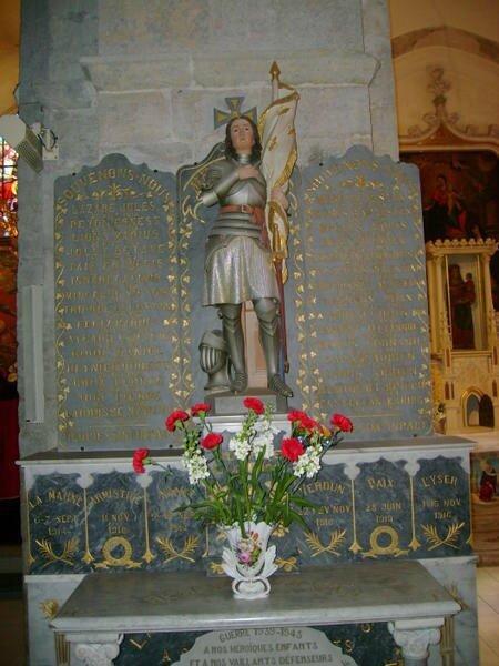 Monument-aux-morts-église