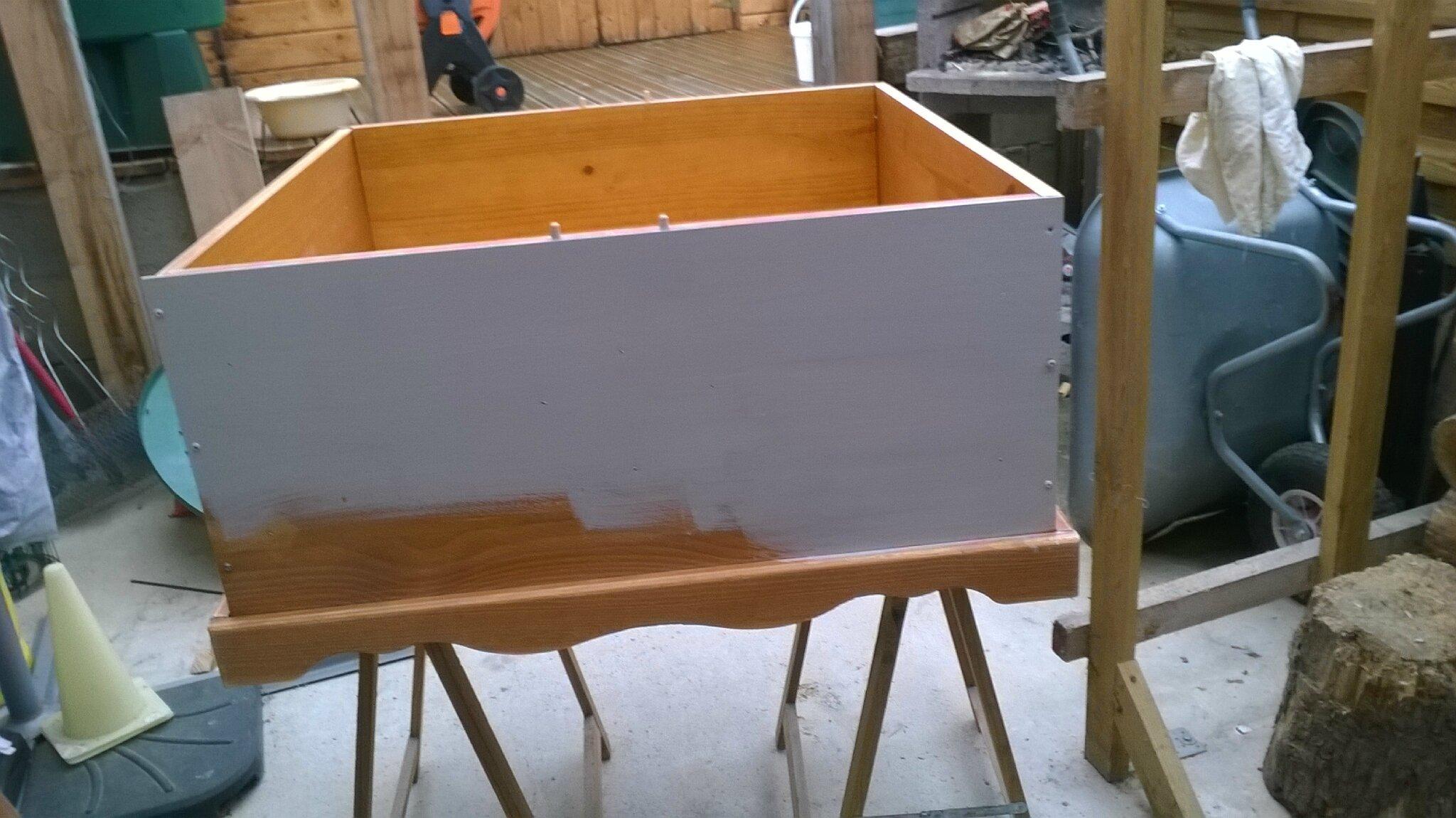 r novation de ma table basse en bois la fabrik fait main. Black Bedroom Furniture Sets. Home Design Ideas