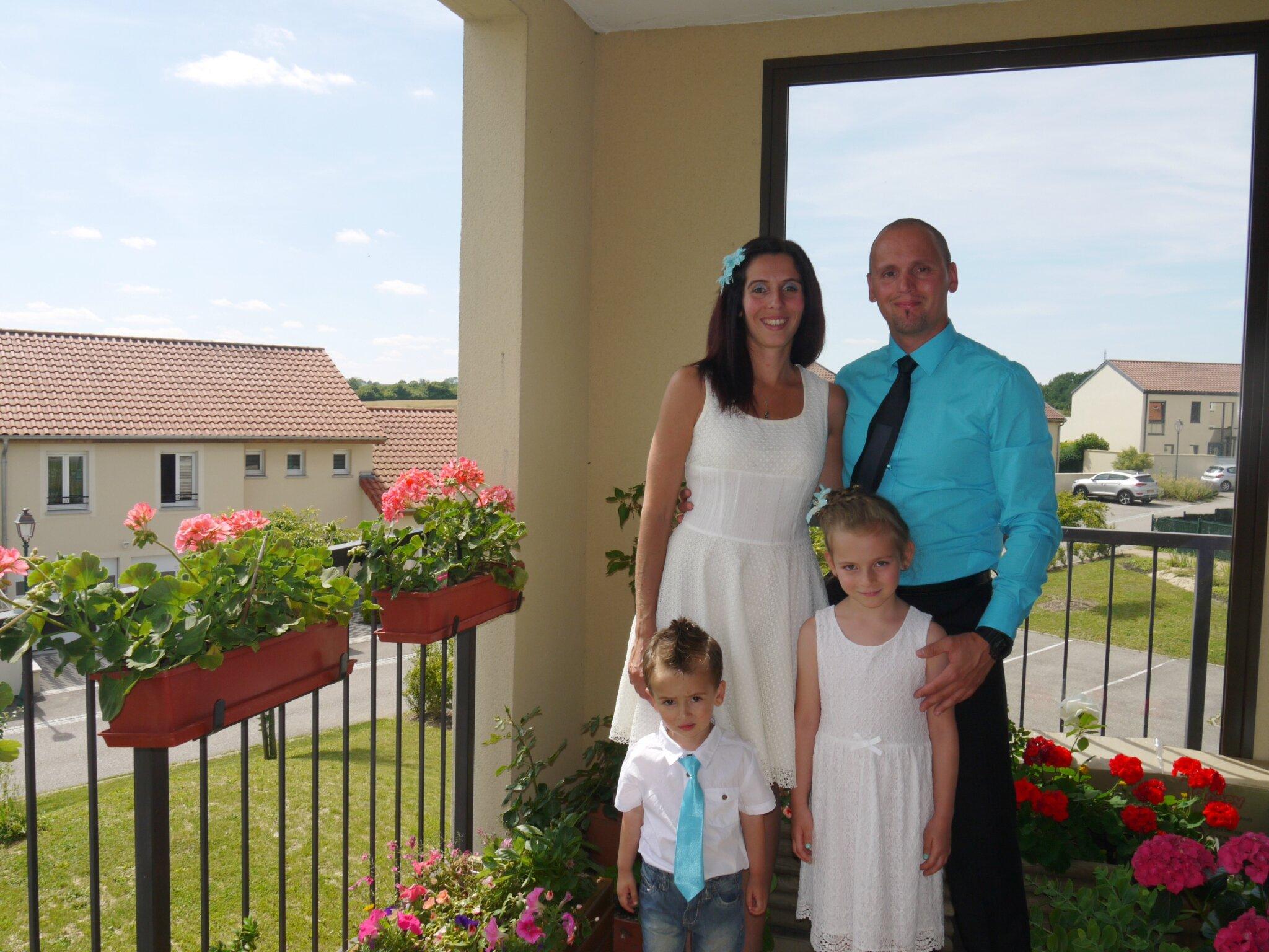 Le 9 juillet dernier il y a eu un beau mariage notre petite vie dans la ni vre - 65 ans de mariage noce de quoi ...