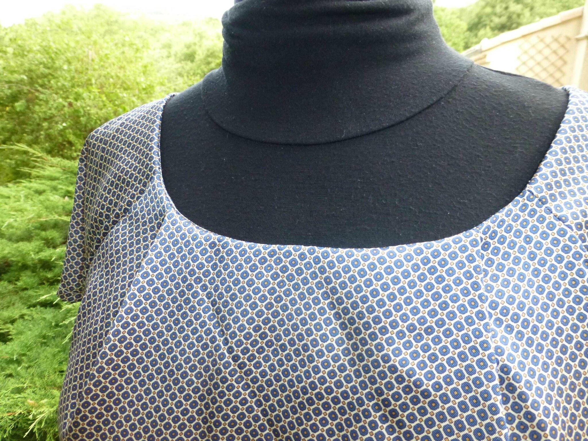 c 39 est une blouse bleue l 39 atelier de sybelle. Black Bedroom Furniture Sets. Home Design Ideas