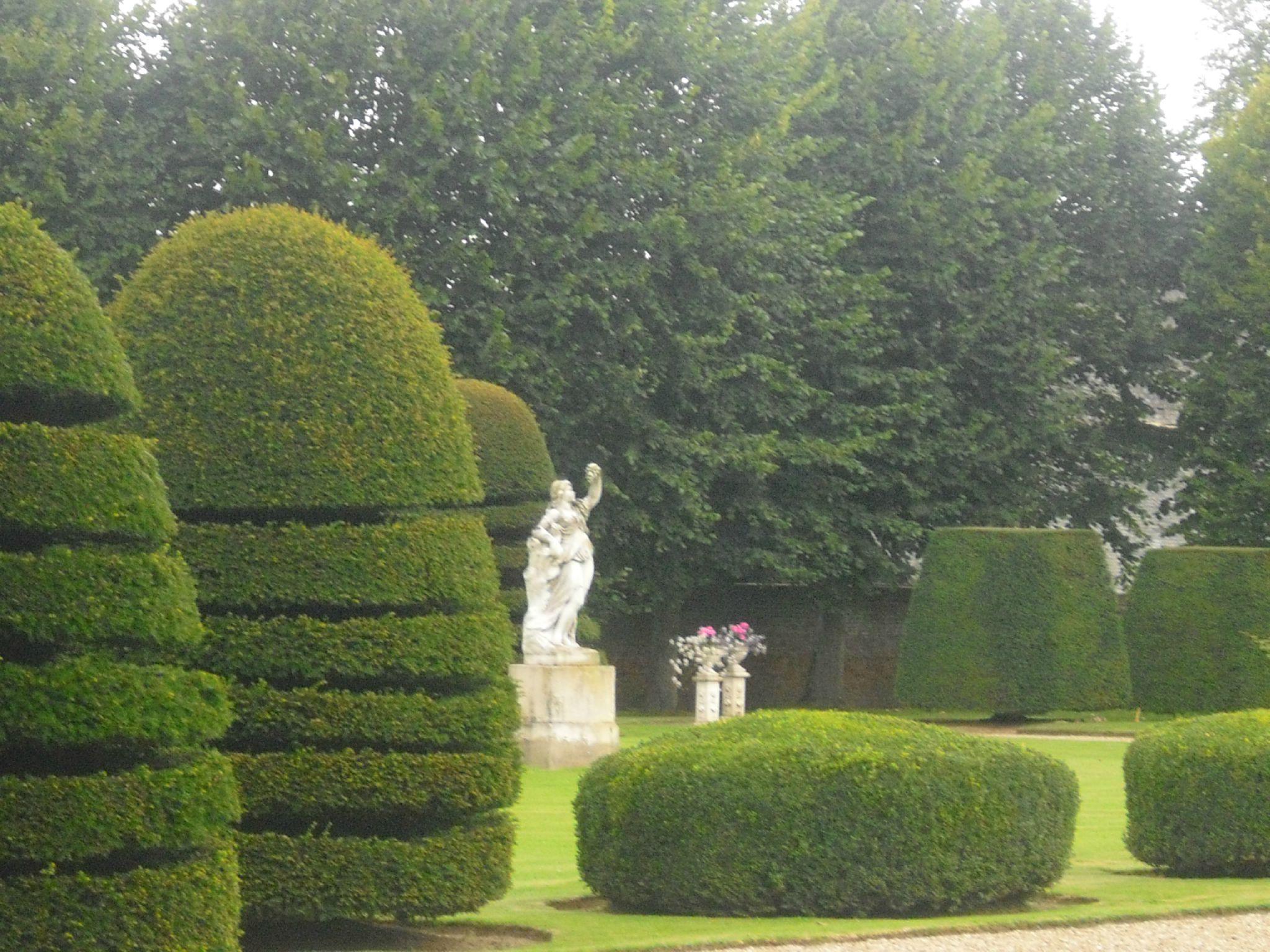 parc du chateau de mesnil geoffroy normandie mary d co. Black Bedroom Furniture Sets. Home Design Ideas
