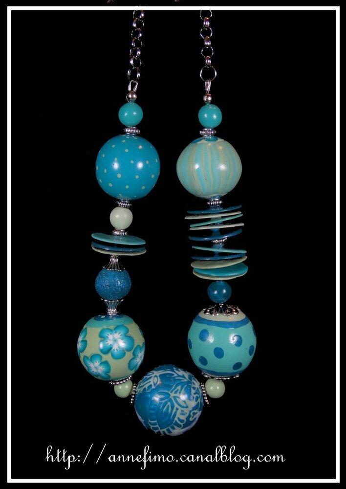 collier grosses boules bleu-vert