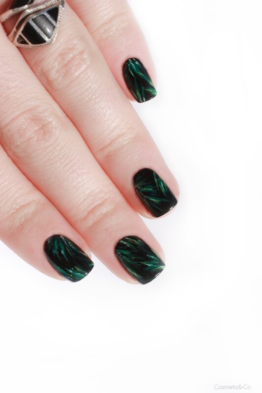 nail art feuilles tropicales_