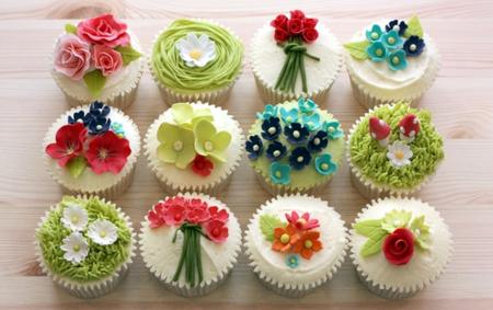 Summer_Garden_Cupcake_Selection