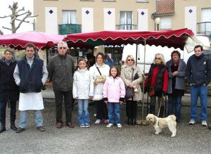 March%E9 du 18 avril 2012 place Y Lenfant