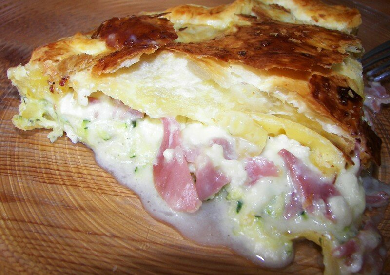 Tourte courgettes/jambon sec/camembert