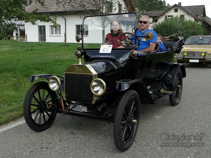 ford-t-touring-1915-01